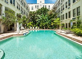 Tropical Elegant Palm Beach 2 Bedroom 2 Bathroom Suite photos Exterior