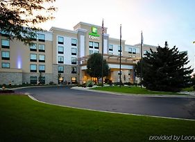 Holiday Inn Express Janesville - I-90 & Us Hwy 14 photos Exterior