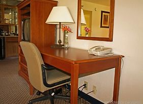 Clarion Inn Airport photos Room