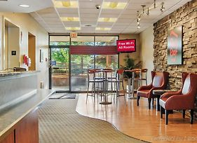 Red Roof Inn Cleveland - Middleburg Heights photos Exterior