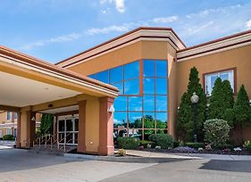 Quality Inn & Suites Albany Airport photos Exterior