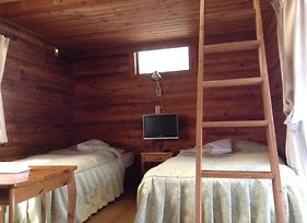 Cottage In Log Cabin photos Room