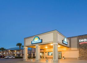 Days Inn By Wyndham Adel-South Georgia-Motorsports Park photos Exterior