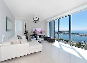 2 Bedrooms Ocean View Apartment In Gold Coast Cbd photos Exterior