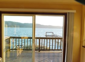Overlooking Clearlake From The Living Room photos Exterior