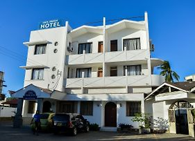 Cool Breeze Hotel photos Exterior