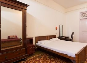 Bed And Breakfast At Colaba photos Exterior