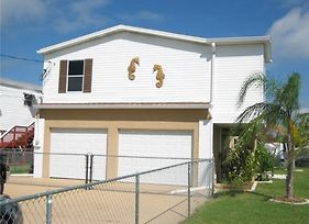 Bring Your Boat Direct Waterfront - Two Bedroom Home photos Exterior