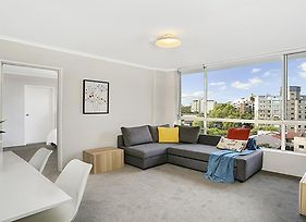 Light Filled Apartment Moments From The Cbd - Rand3 photos Exterior