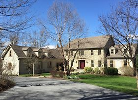 Mt. Nittany Hideaway - Beautiful And Spacious Home photos Exterior