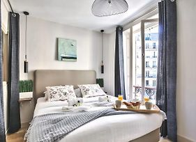 "Stunning & Spacious Family Flat ""Bastille"" photos Exterior"