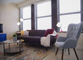 Classic Downtown 1Br Apt In Historic Bldg W Views photos Exterior
