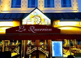 Le Querrien photos Exterior