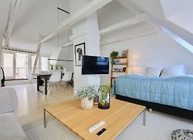 Two-Story Condos By Nyhavn Harbour photos Exterior