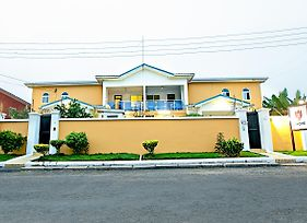At Home Boutique Hostel And Suite photos Exterior