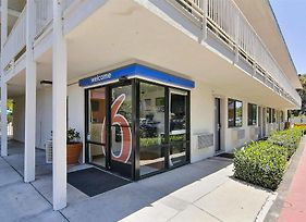 Motel 6 Santa Barbara - Goleta photos Exterior