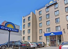 Days Inn By Wyndham Brooklyn photos Exterior