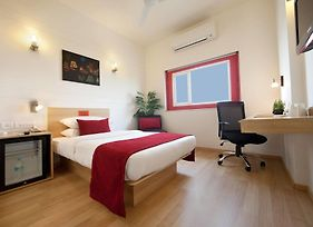 Red Fox Hotel East Delhi photos Room