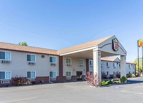 Super 8 By Wyndham Blackfoot photos Exterior