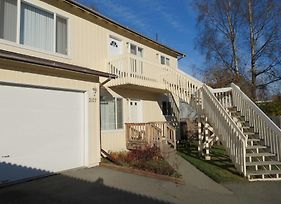 Turnagain Duplex By Welcome Home Rentals photos Exterior