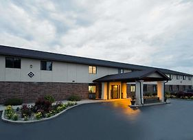 Super 8 By Wyndham Oshkosh Airport photos Exterior