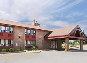 Travelodge By Wyndham Barrie On Bayfield photos Exterior