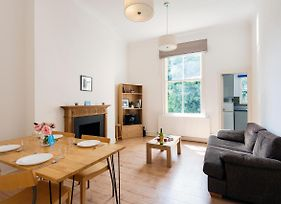 Bright And Spacious 2 Bed Apartment 5 Mins Away From Earl'S Court Station Ilm photos Exterior