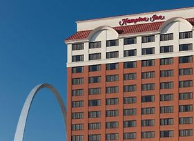 Hampton Inn Gateway Arch Downtown photos Exterior