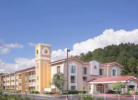 Super 8 By Wyndham Austell/Six Flags photos Exterior
