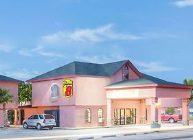 Super 8 By Wyndham San Angelo photos Exterior
