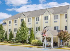 Microtel Inn & Suites By Wyndham Beckley East photos Exterior