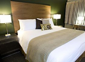 Heritage Inn Hotel & Convention Centre - Moose Jaw photos Room