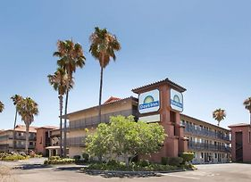 Days Inn By Wyndham San Jose Airport photos Exterior