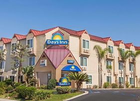 Days Inn By Wyndham Carlsbad photos Exterior