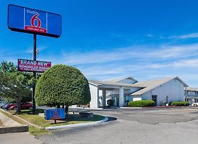 Studio 6 Oklahoma City Airport photos Exterior