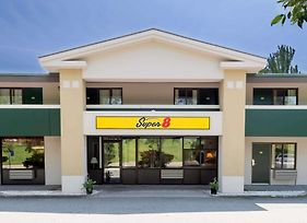 Super 8 By Wyndham White River Junction photos Exterior