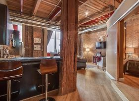 1820 Loft 211 Oozing Charm Steps To Broadway photos Exterior