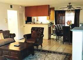 Fully Furnished Apartment In Glendale photos Exterior