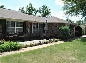 4 Bedroom Home, Perfect For Your Trip To Nwa! photos Exterior