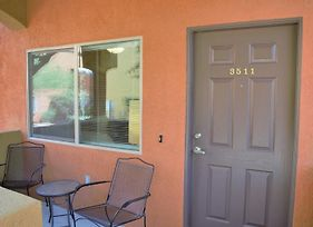 2 Bedroom Condo In Mesquite #211 photos Exterior
