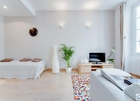 Cosy Flat In The Heart Of Le Panier Air Rental photos Exterior