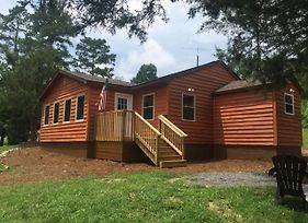 Wrens Nest Bungalow Benton Tn photos Exterior