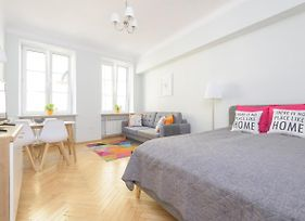Bright And Modern Apartment In The Heart Of The Old And New Town photos Exterior