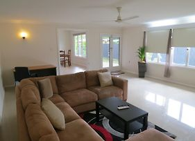 Edge Hill Clean & Green Cairns 7 Minutes From The Airport 7 Minutes To Cairns Cbd & Reef Fleet Terminal photos Exterior