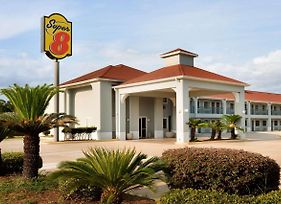 Super 8 By Wyndham Lake Charles Northeast photos Exterior