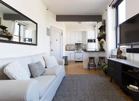 Sunny And Luxurious West Village Apartment photos Exterior