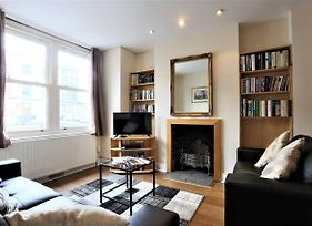 Large Victorian 3 Bed In The Perfect Location photos Exterior