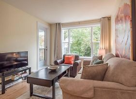 Cozy Downtown Halifax Condo With Free Parking photos Exterior