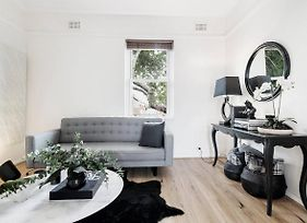 Chic Woollahra Pied-A-Terre With Parking photos Exterior