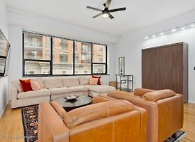 New Airy 1Br With High Ceilings In South Loop photos Exterior